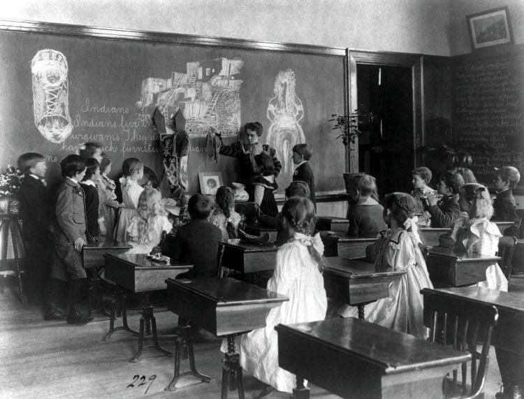 Elementary school class on American Indian culture, Washington, D.C. 1899