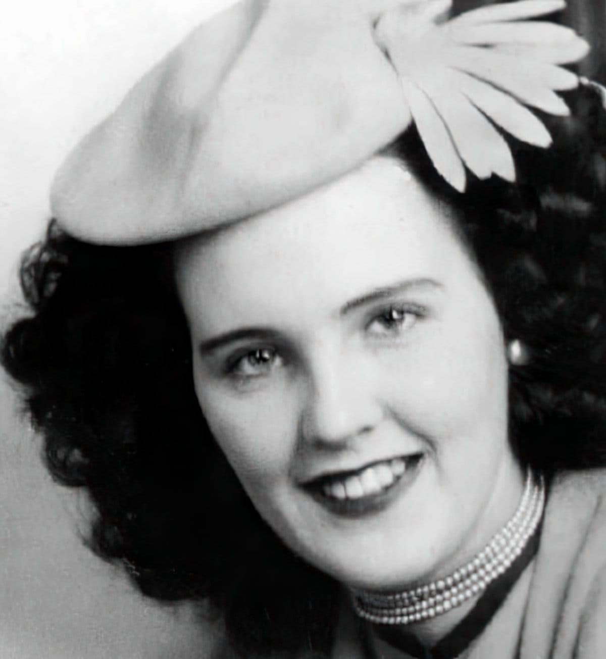 Elizabeth Short - Black Dahlia portrait