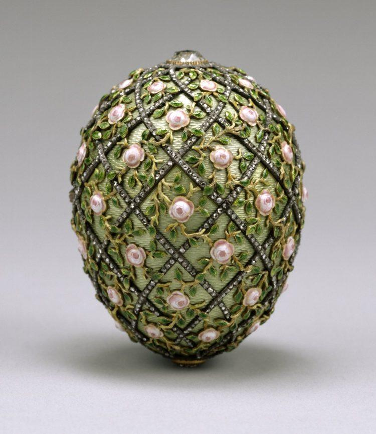 Faberge Egg - The 1907 vintage Rose Trellis Egg