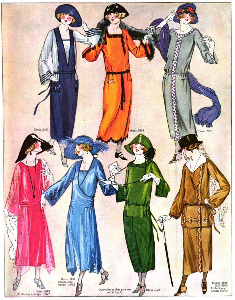 Fall fashions for women from 1922 (3)