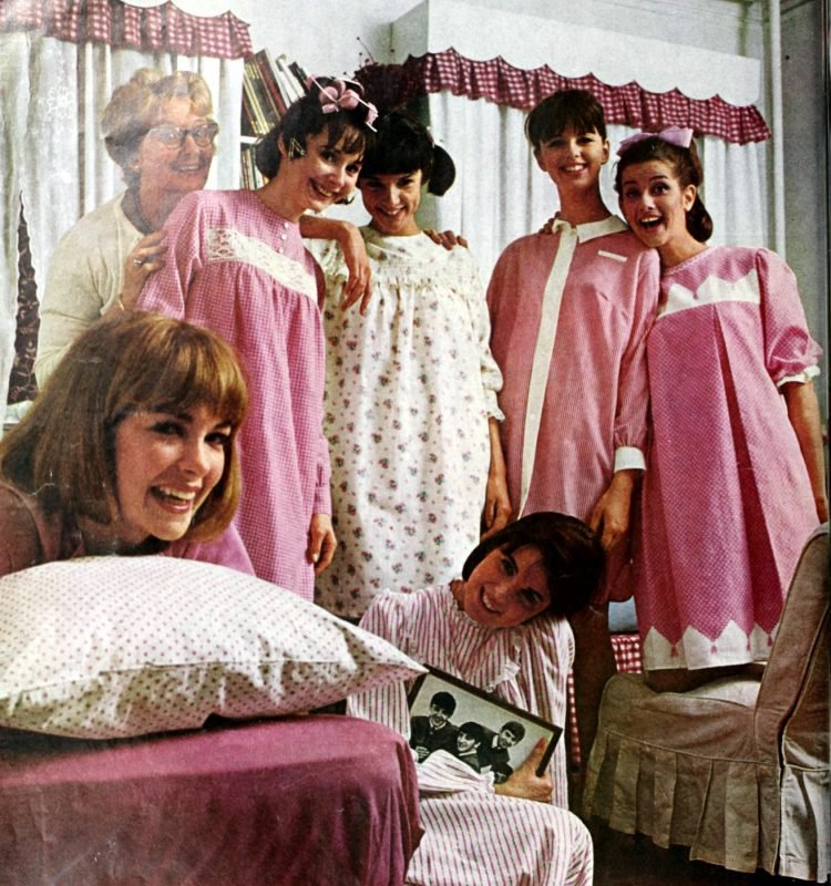 Fashion for teen girls in 1964 (3)