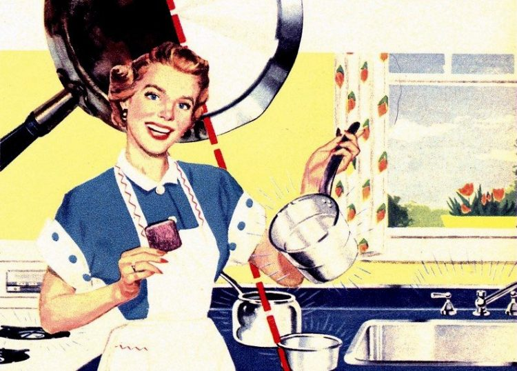 Fifties housewife - cleaning pans