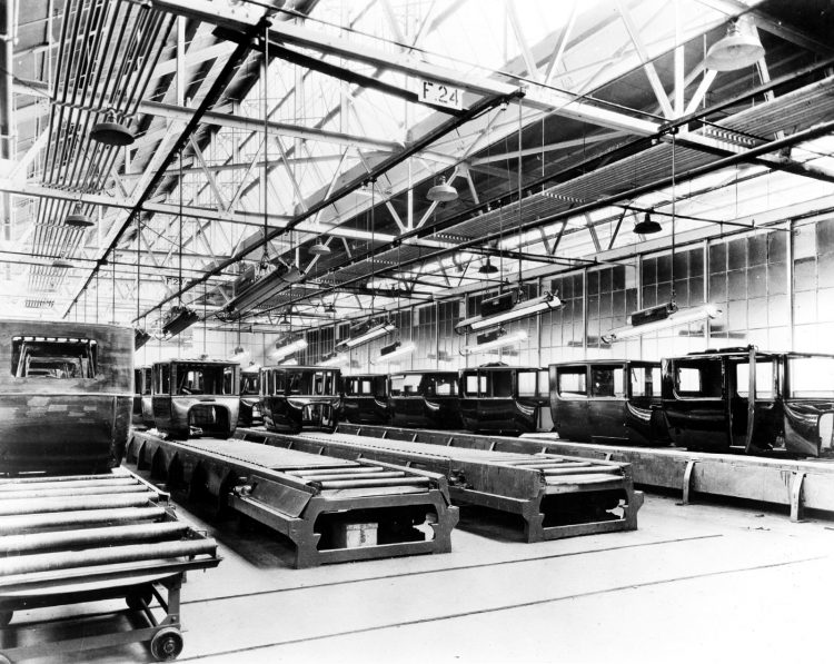 Finished auto bodies 1925