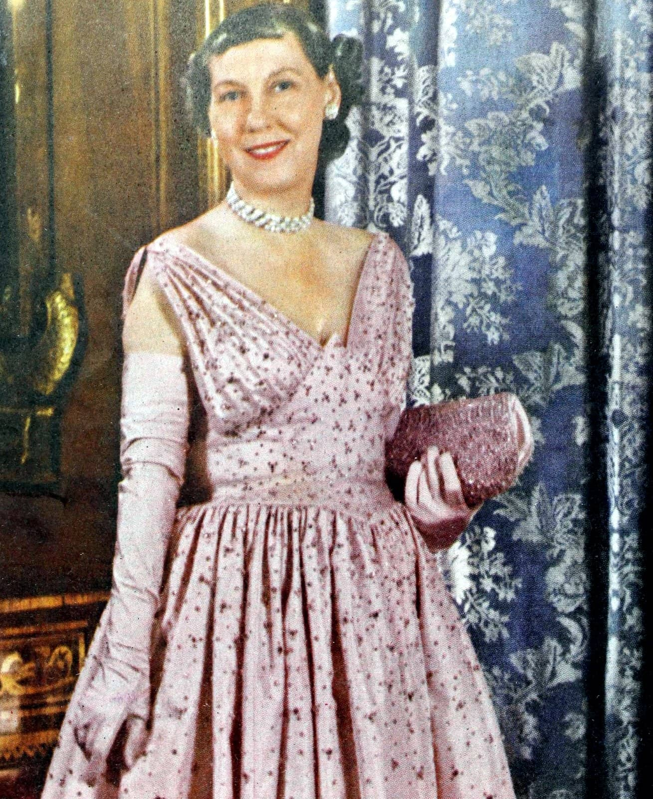 First Lady Mamie Eisenhower in Mamie Pink gloves - 1950s