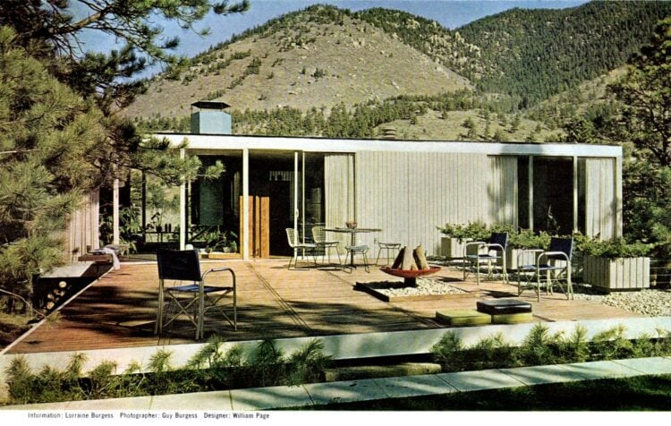Flat 1960s patio decking on desert home