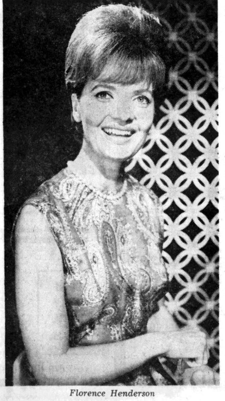 Florence Henderson in 1966
