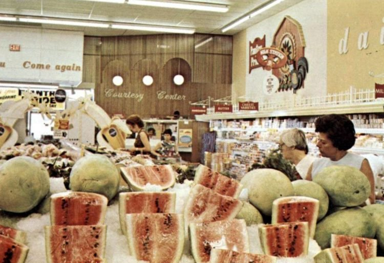 Food Fair old grocery store - 1968 10
