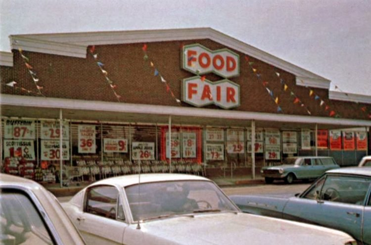 Food Fair retro grocery store - 1968 22