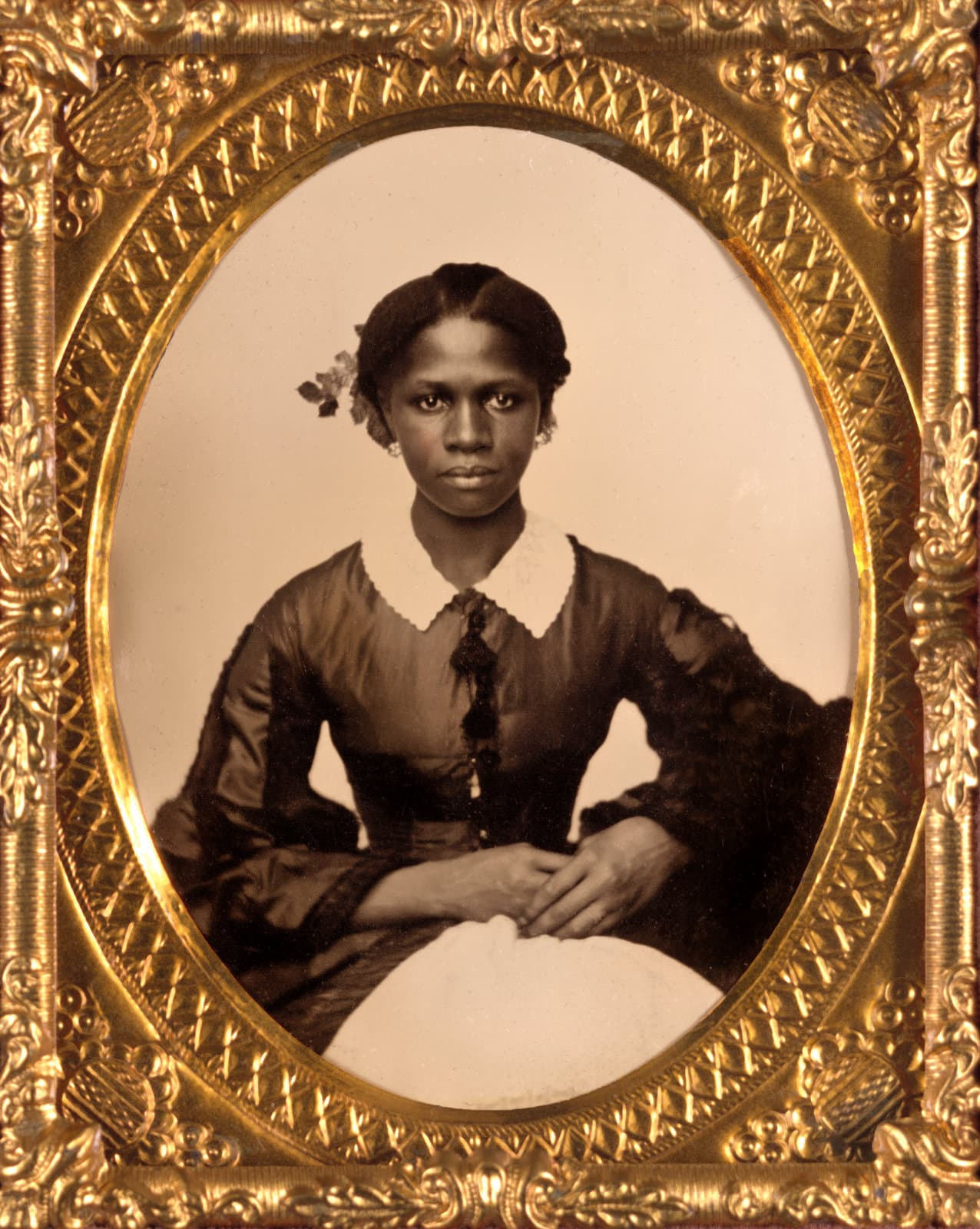 Formal antique portrait of an unidentified African-American woman during the Civil War era (1860s)