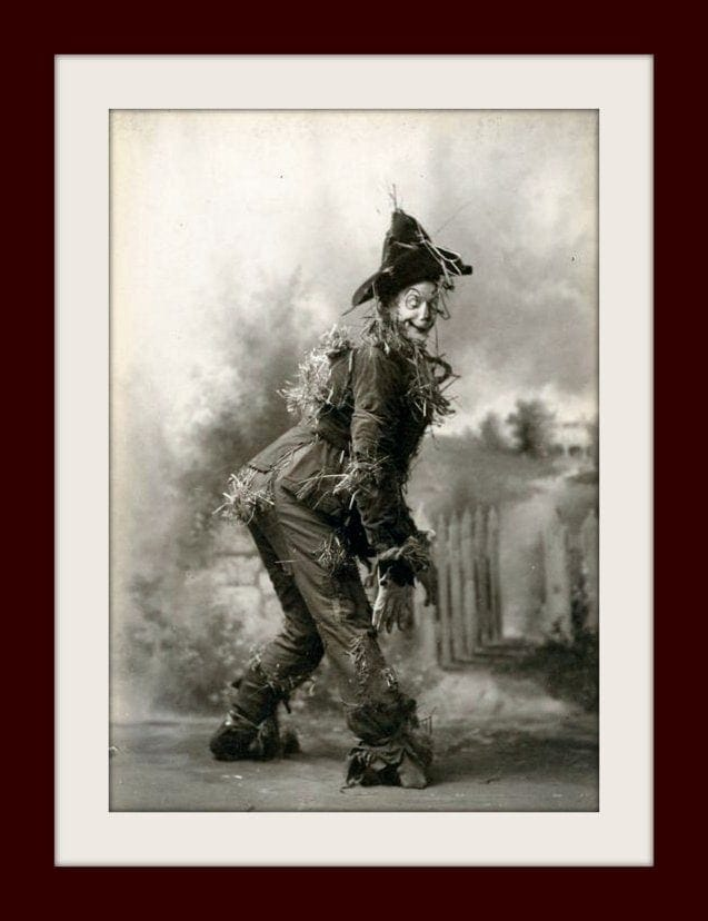 Fred Stone in the original Wizard of Oz as the Scarecrow c1902 - Freaky (2)