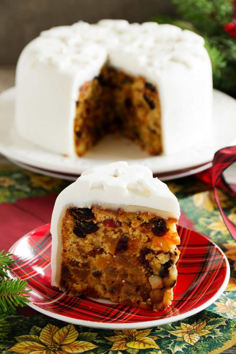 Frosted fruitcake - Old recipes