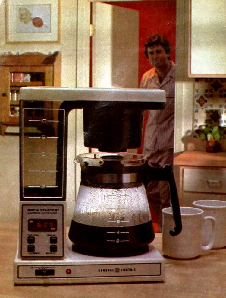 G.E. vintage automatic coffeemaker - Brew Starter (1982)