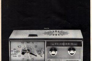 General Electric clock radio C551 1965