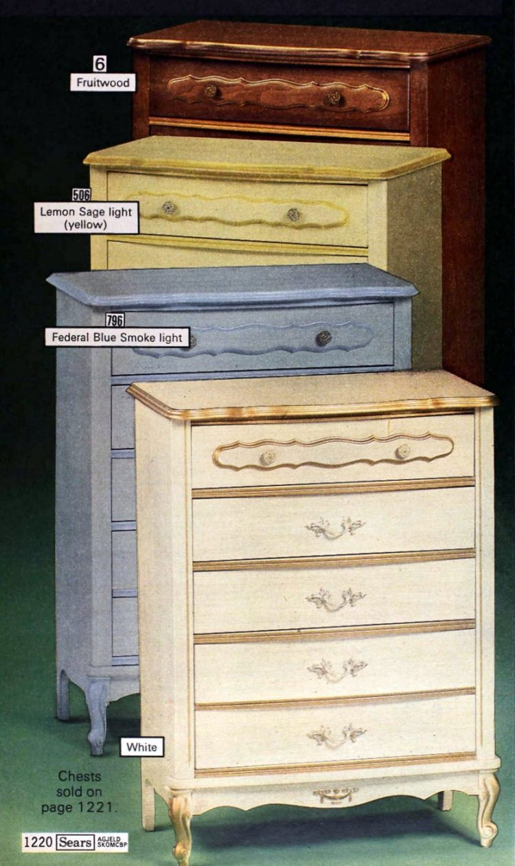 Gold-edged bedroom furniture from the 70s - 1977 (2)
