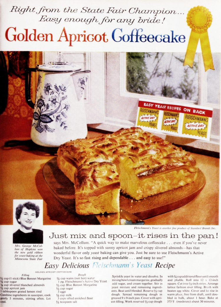 Golden apricot coffee cake recipe (1960)