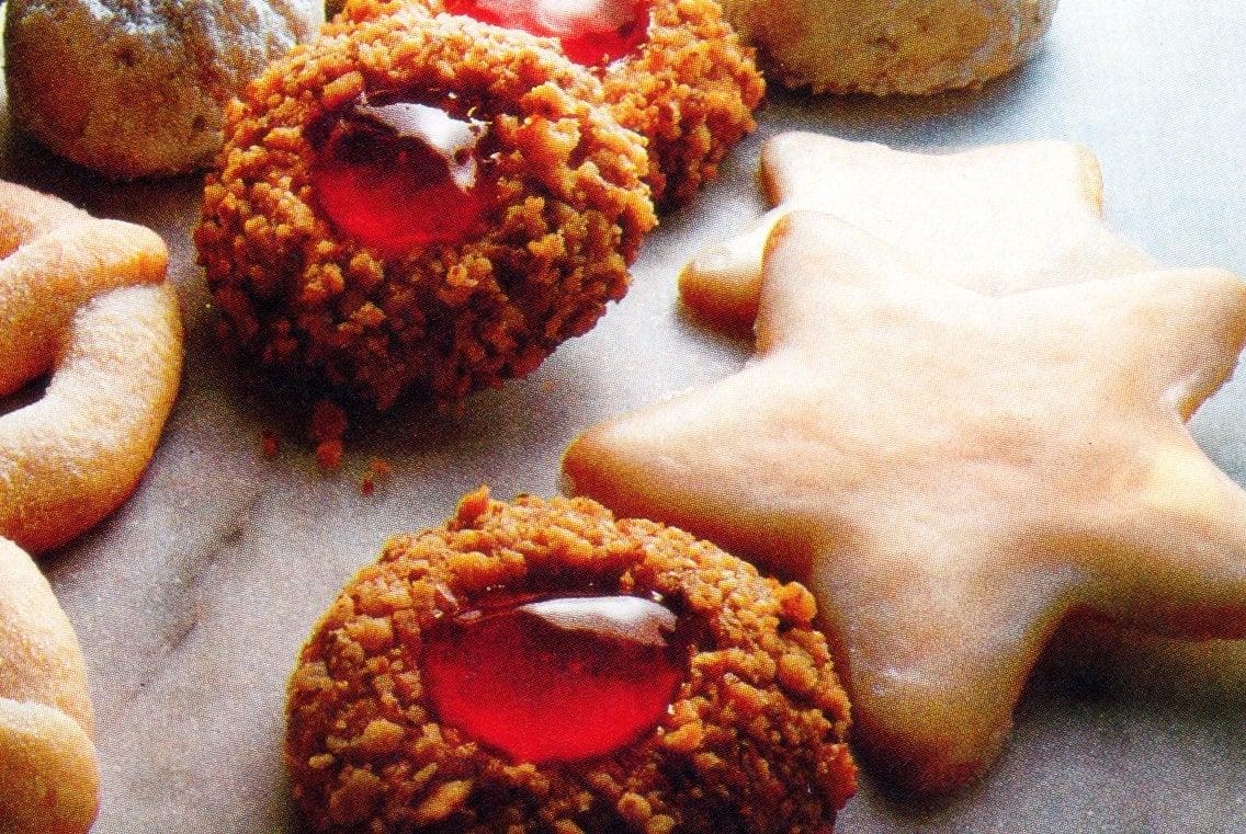 Golden thumbprints Classic jam-filled cookies (1981)
