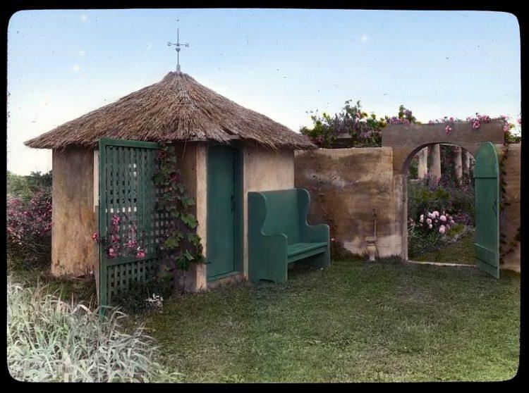 Gray Gardens - Hamptons NY 1916 Garden tool house