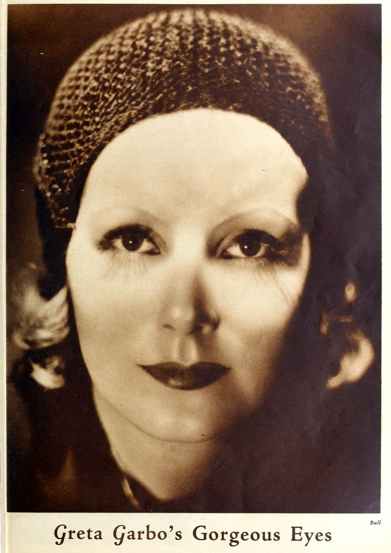 Greta Garbo's gorgeous eyes (1931)