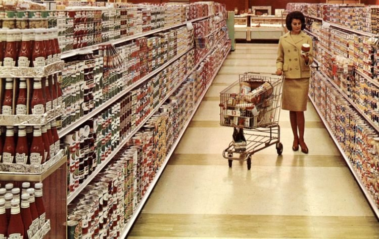 Grocery store aisle in 1965