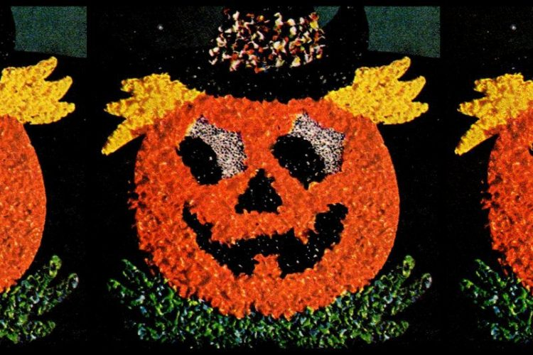 Halloween Jack O'Lantern bead decoration from the 70s