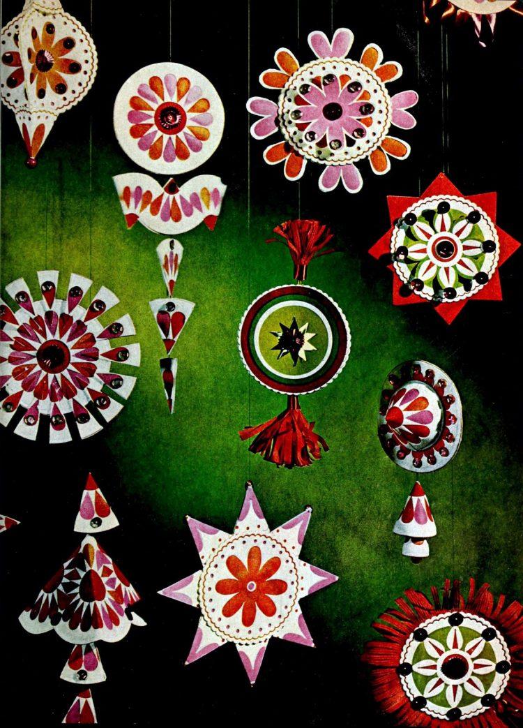 Hanging ornaments Sunburst coaster vintage craft