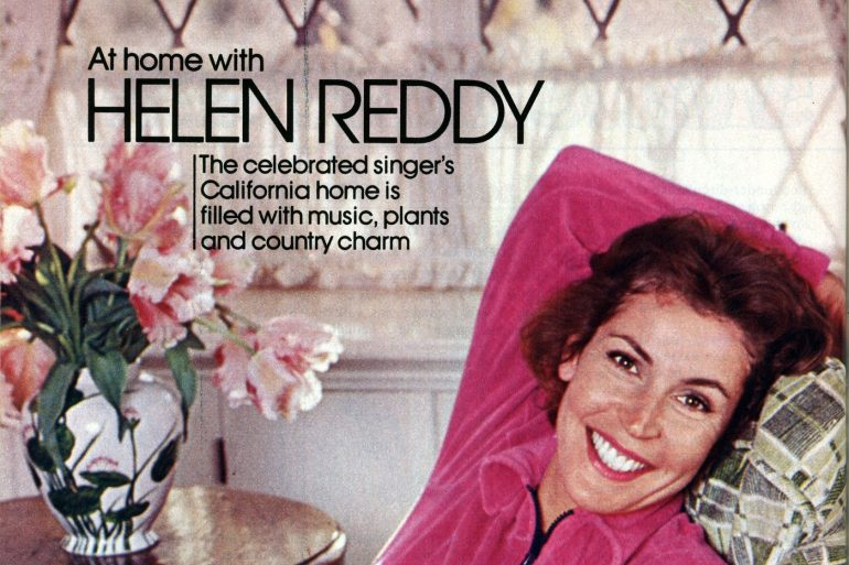 Helen Reddy See inside her beautiful California house in the 70s