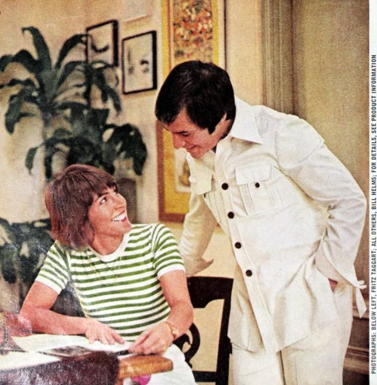 Helen Reddy and husband Jeff at home in 1975