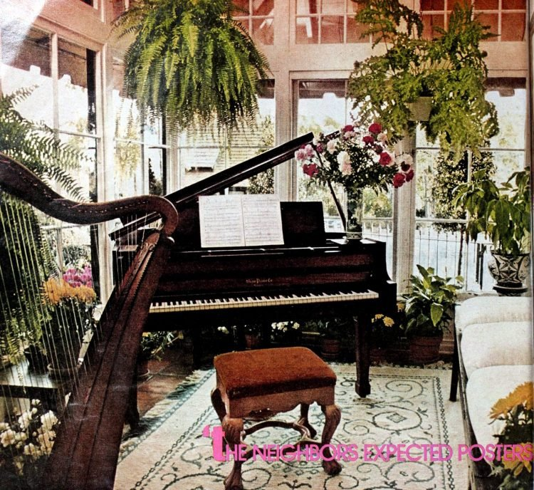 Helen Reddy's home music room in the 70s