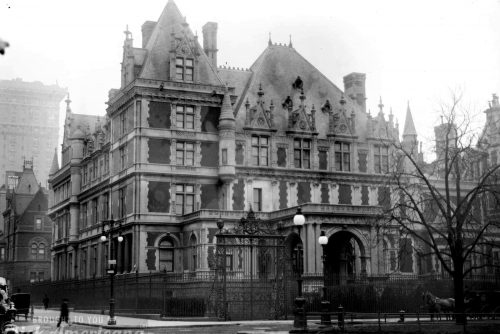 Home of Mrs Cornelius Vanderbilt - Fifth Avenue New York City - 1894
