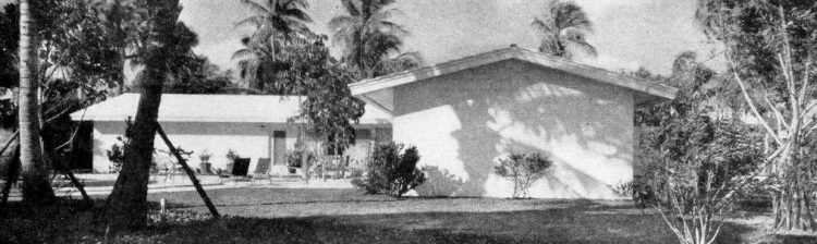 Home side view - Vintage sixties Scholz Mark 60 house