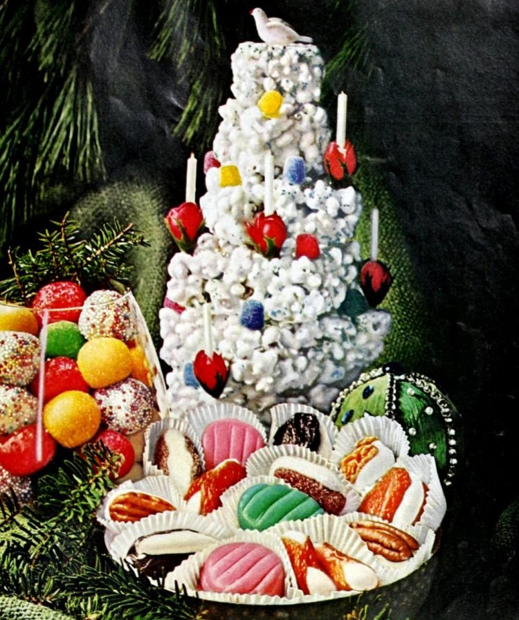 Homemade candy and popcorn Christmas tree from 1966