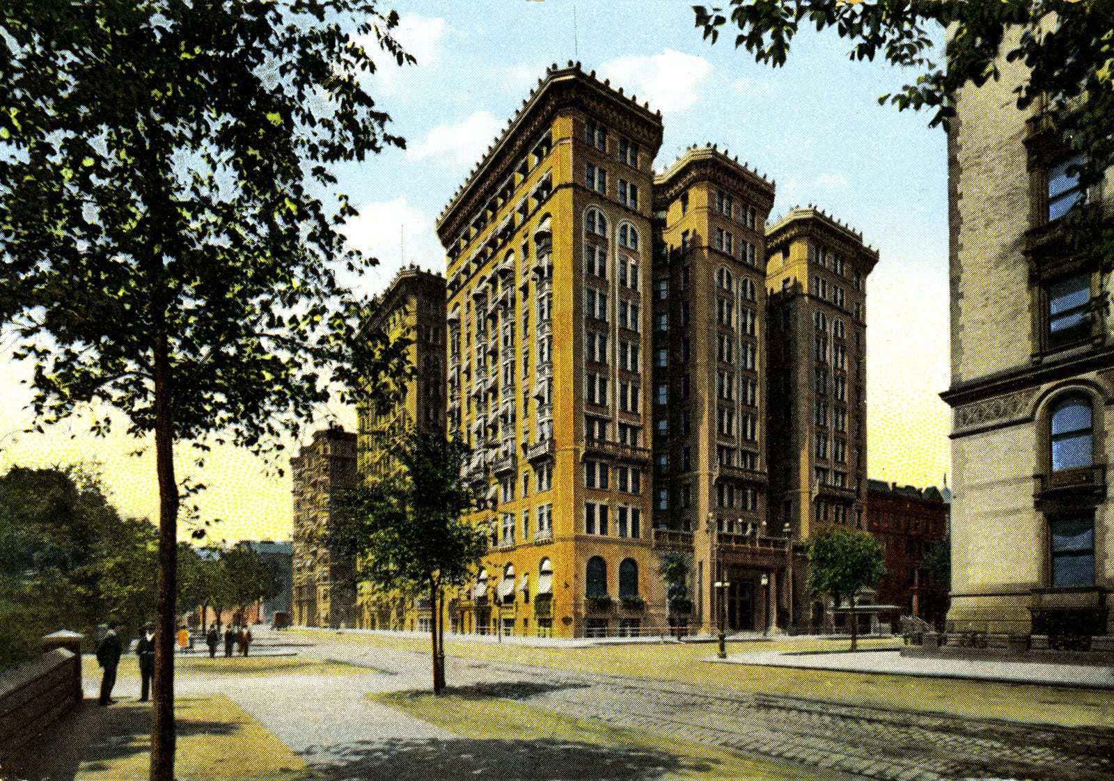 New York City S Old Hotel Majestic Roof Garden Was For The Well To Do 1903 Click Americana