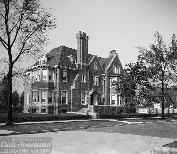 House of L.H. Jones, Detroit, Mich. c1900