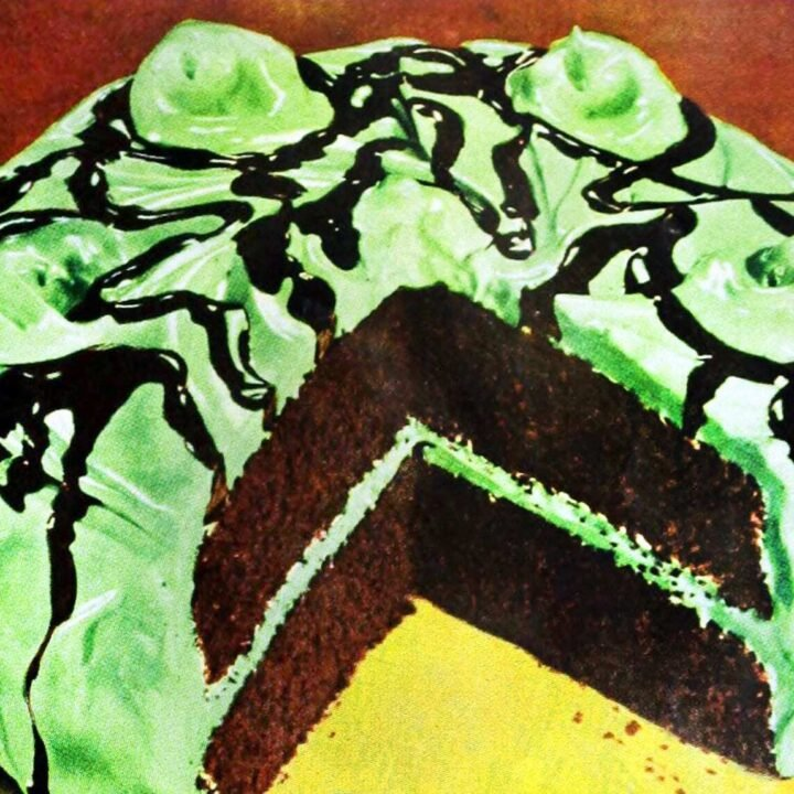 How to make an old-fashioned chocolate mint sundae cake (1949)