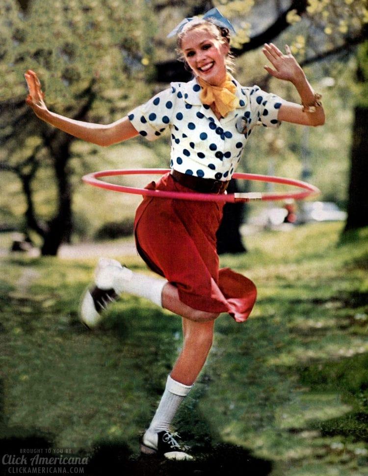 Hula Hoop revival 1972