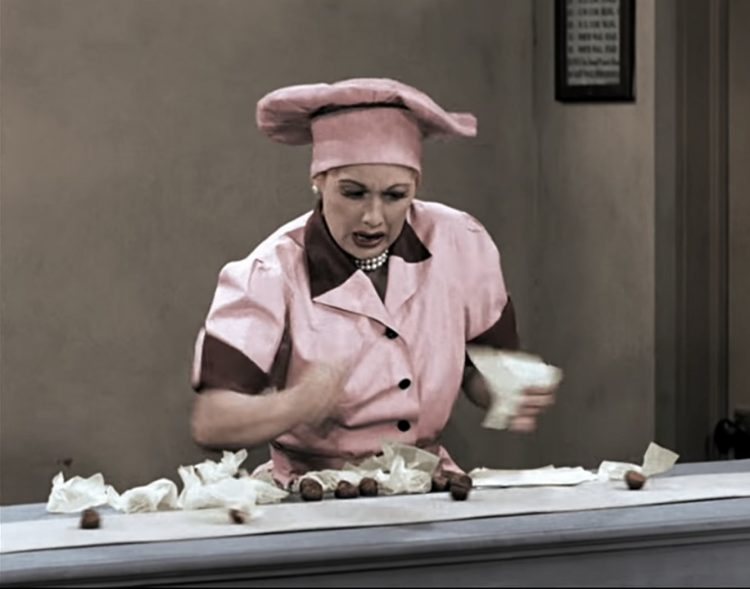 I Love Lucy -chocolate factory - Job Switching episode (1952)