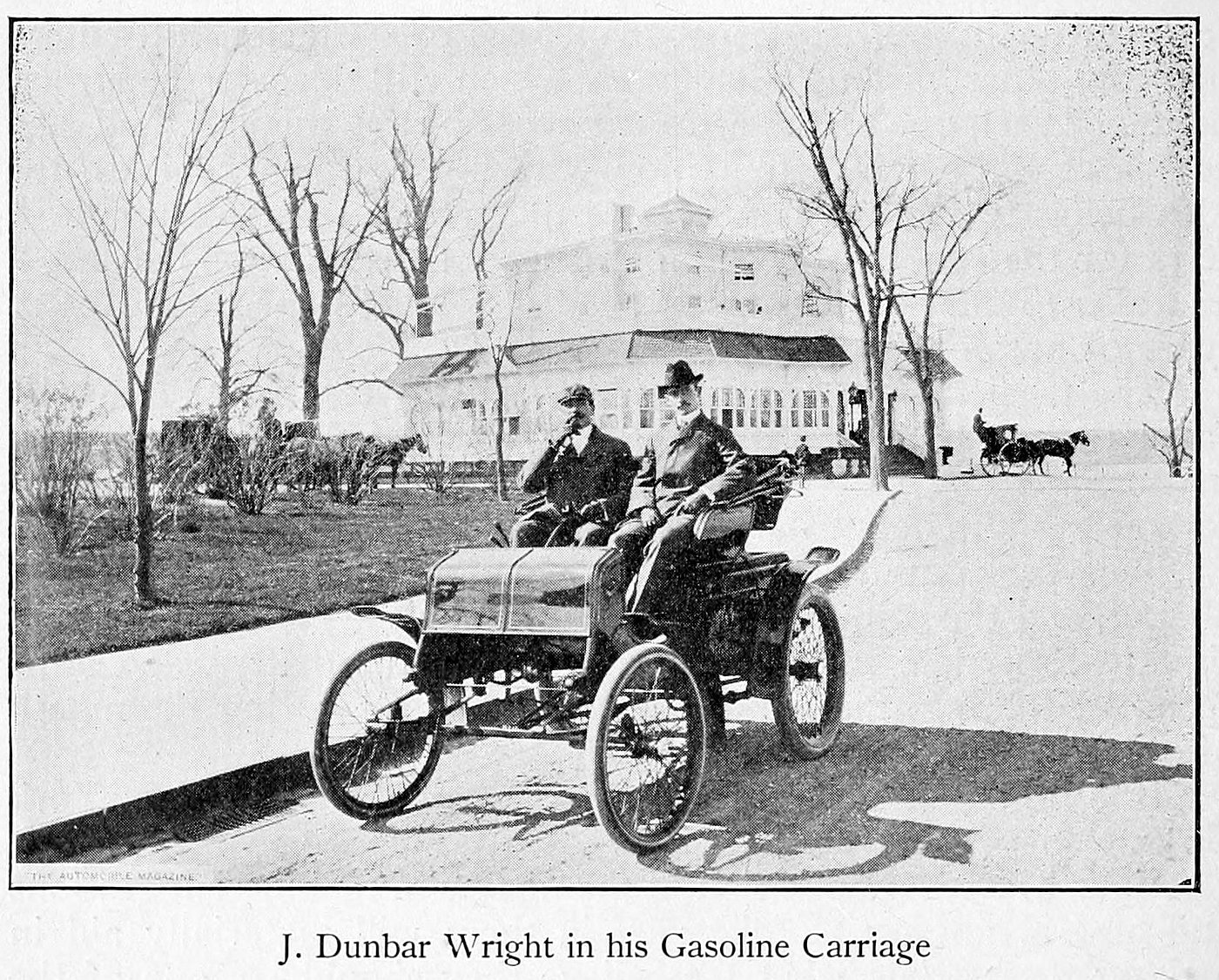 J.Dunbar Wright in his gasoline carriage (1900s)