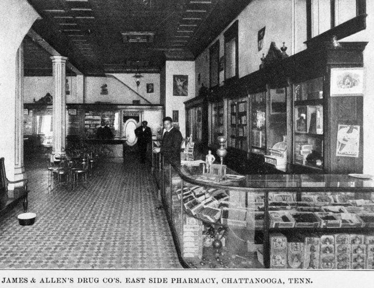 James & Allen's Drug Co's. East Side Pharmacy, Chattanooga, Tenn 1907