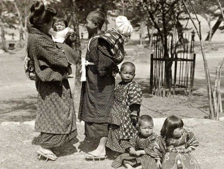 Japanese family - woman and children