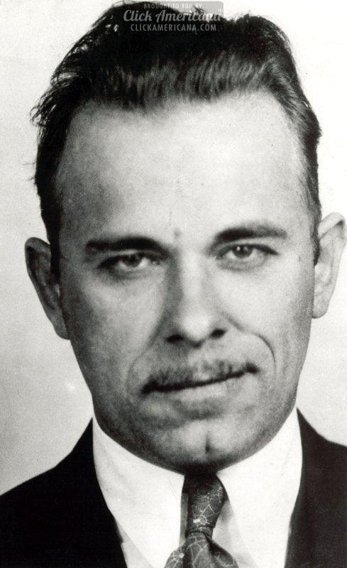 Notorious gangster John Dillinger killed in Chicago (1934)