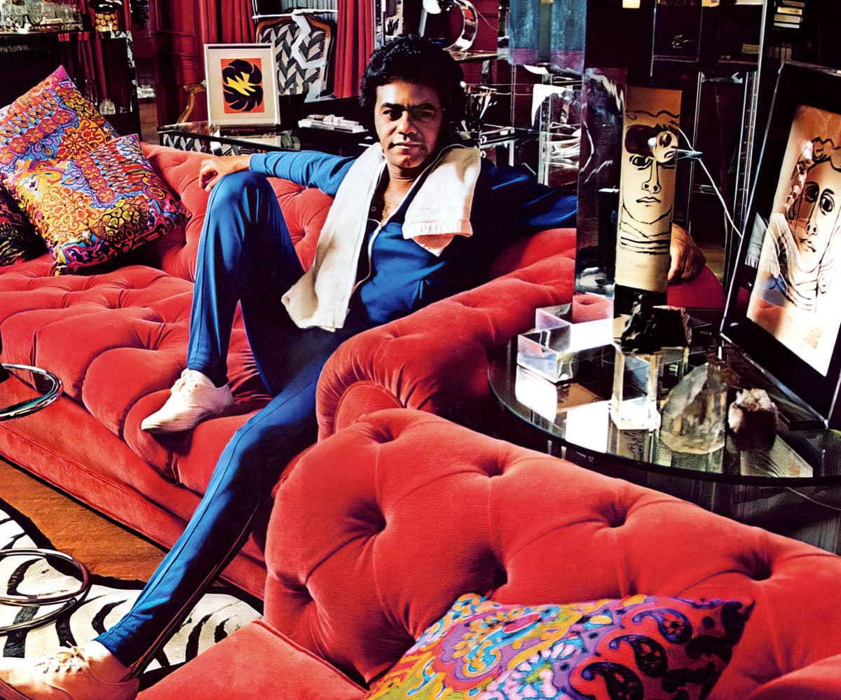 Johnny Mathis vintage home - Lounge room with sofa