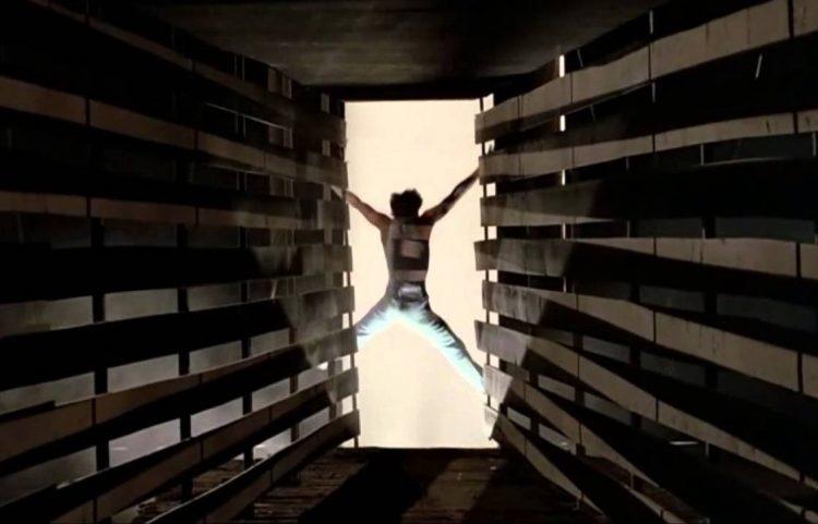 Kevin Bacon - Footloose warehouse dance scene