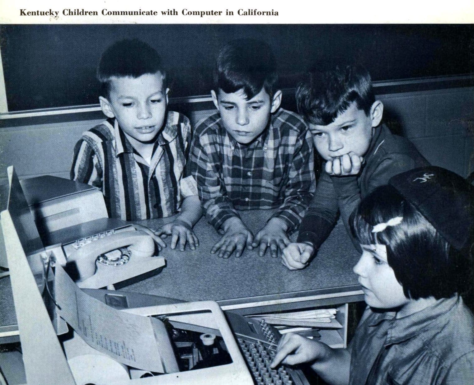 Kids in 1967 learning how to use computers