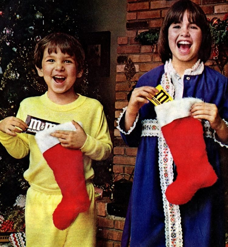 Kids with Christmas stockings in 1978