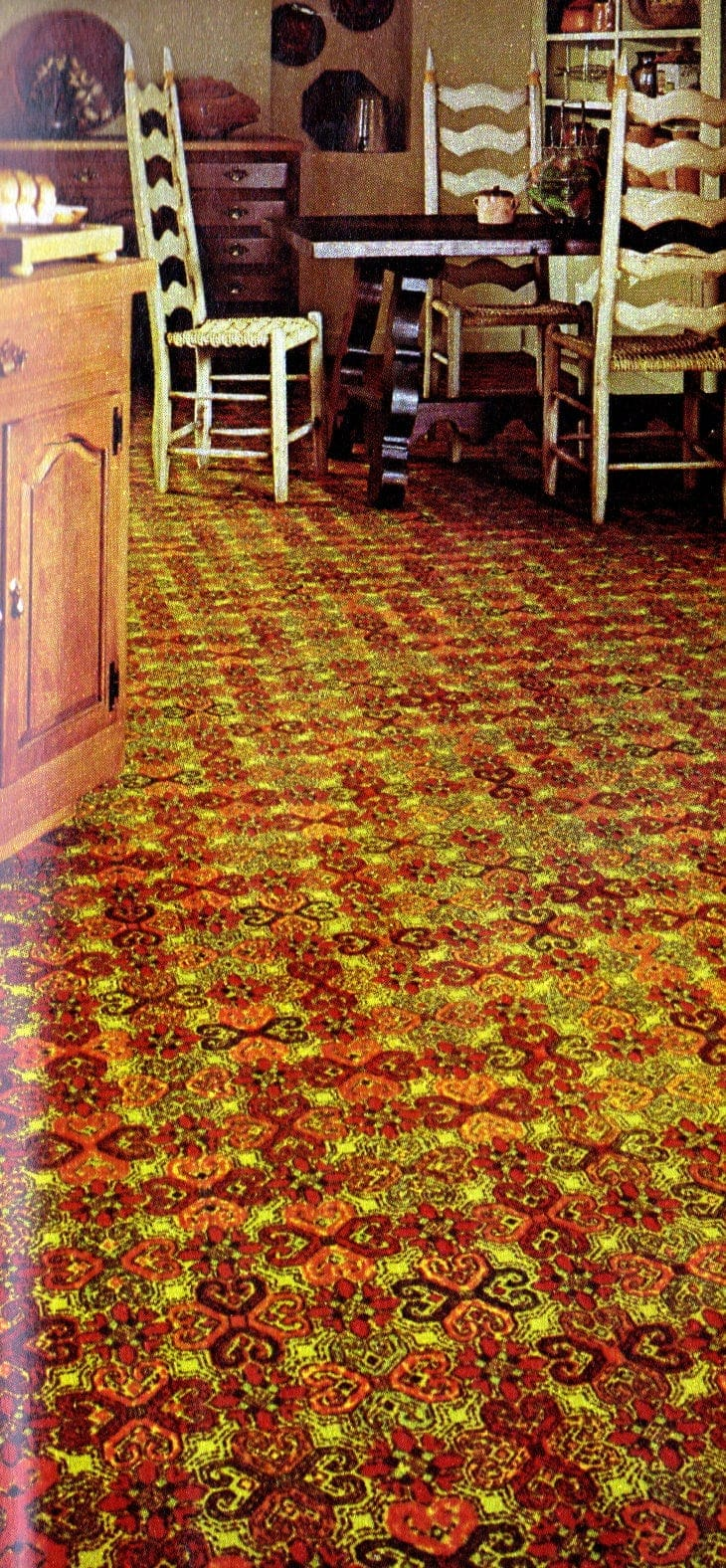 Kitchen carpeting for the home from 1973 (4)