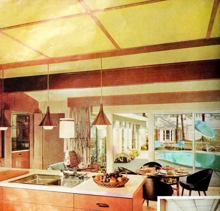 Kitchen looking to backyard - Vintage sixties Scholz Mark 60 house
