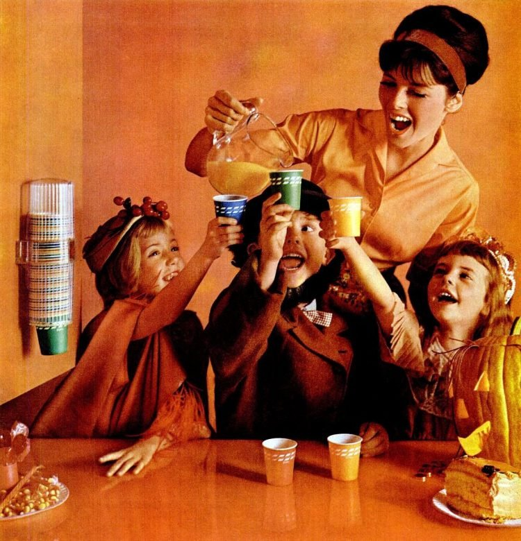 LIFE Oct 19, 1962 dixie cups