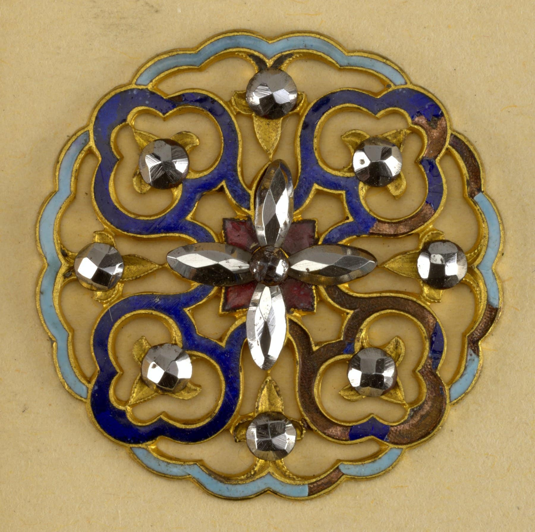 Late 19th century buttons with design of four flowers