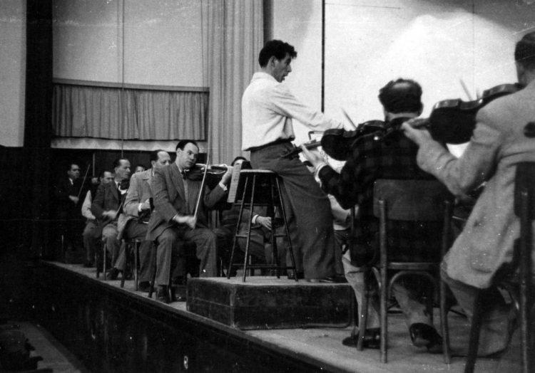 Leonard Bernstein conducting the Israel Philharmonic, Tel Aviv, May 1950