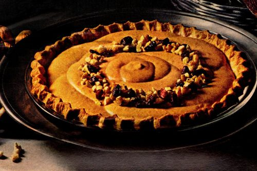 Light, creamy and fluffy pumpkin pie - vintage recipe